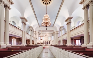 photo credit:  http://www.downtownboston.org/things-to-do-downtown/culture/listing/kings-chapel